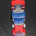 Dark-Of-The-Moon-Walmart-Exclusive-Optimus-Prime-03