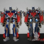 Dark-Of-The-Moon-Walmart-Exclusive-Optimus-Prime-04