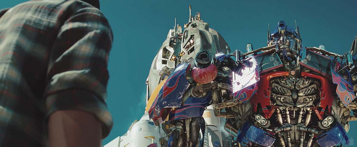 transformers dark of the moon optimus prime trailer. Optimus Prime new abs