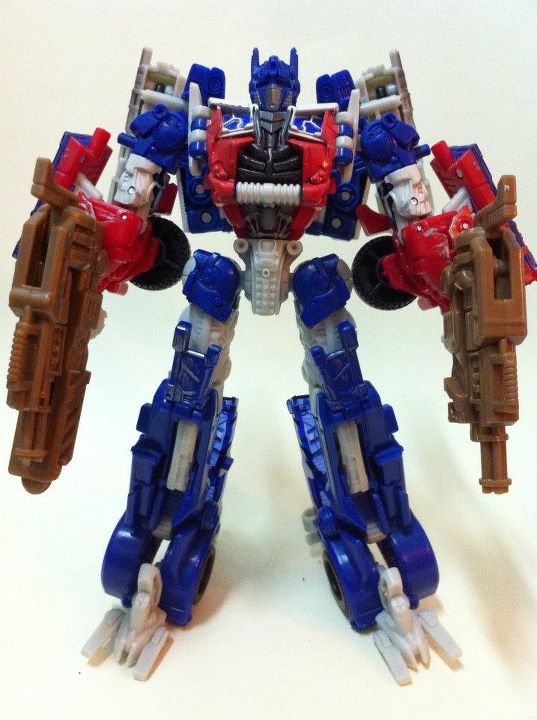 Dark of the Moon Optimus Prime Voyager Class Repaint