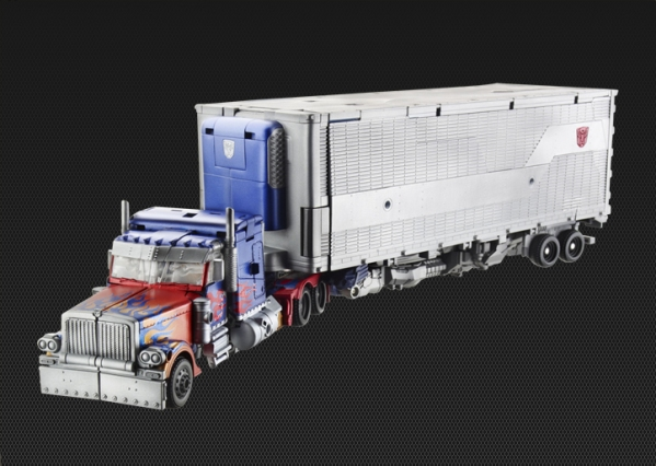 TakaraTomy Ultimate Optimus Prime - Truck