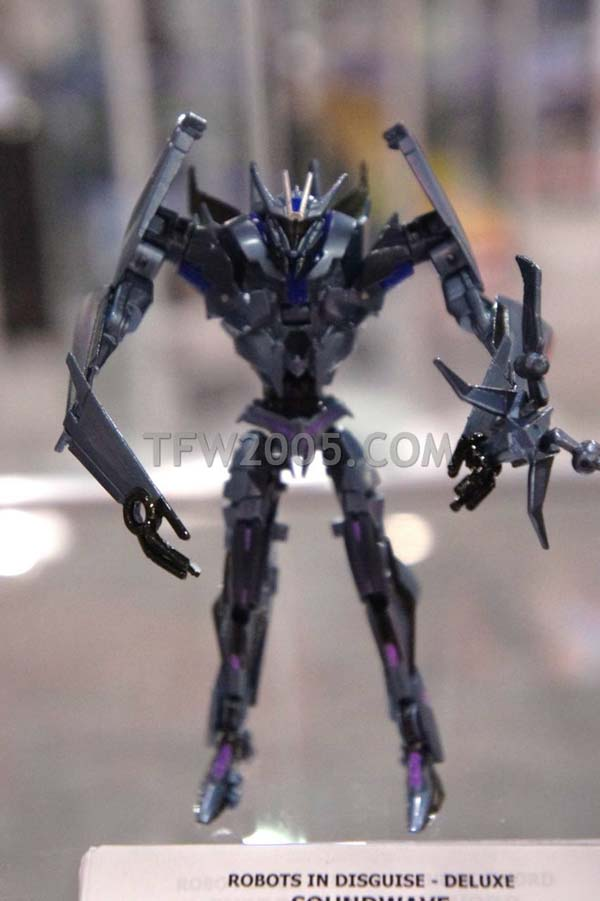 Transformers Prime Soundwave NYCC 2011