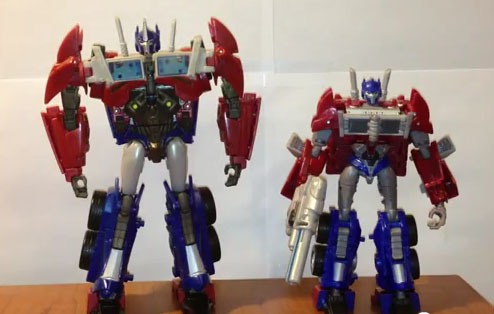 Transformers Prime Voyager Optimus Prime Review