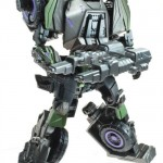 Transformers-Generations-Deluxe-Onslaught-robot