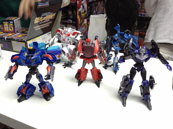 Transformers Prime Knock Out, Hot Shot and Vehicon Robot