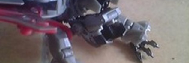 Leaked DOTM Laserbeak toy images