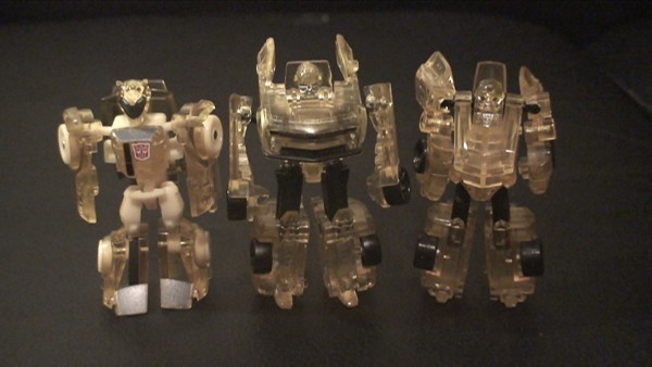 Clear Cyberverse Bumblebee - robot