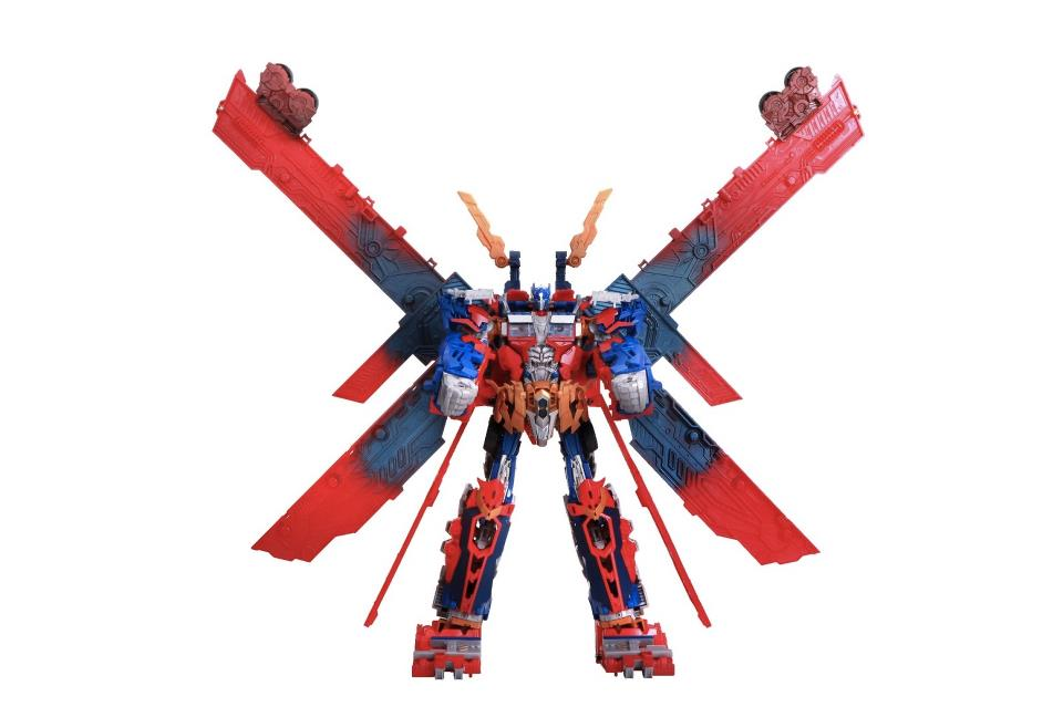 Ultimate Optimus Prime - Year of the Dragon Version